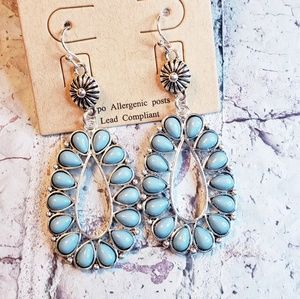 Jewelry - Silvertone faux turquoise squash blossom earrings